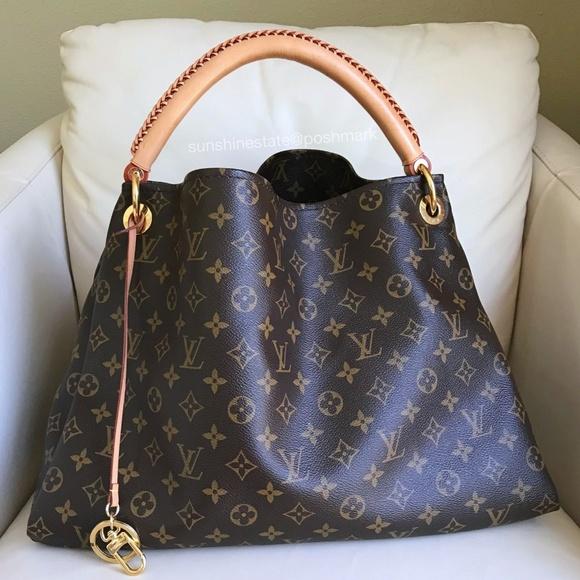 4429256837cb Louis Vuitton Handbags - Louis Vuitton Artsy Monogram Canvas Hobo Bag